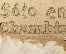 dibujar tu mensaje o LOGO en la arena