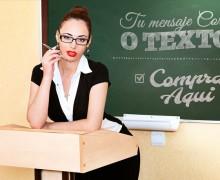 escribir tu texto con esta bella maestra en el pizarron en 24 hrs