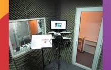 Yo voy a grabar una locución de 30 segundos en español o inglés.
