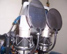 Yo voy a grabar voz en off en español