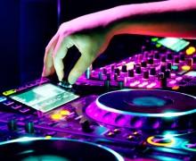 Yo voy a hacerte una sesión de DJ con los temas de tu preferencia