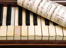 Yo voy a convertir cualquier música en la hoja del piano